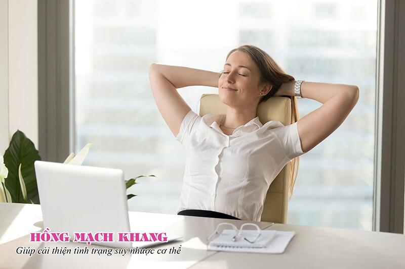 Giữ tinh thần thoải mái giúp cải thiện các triệu chứng suy nhược cơ thể